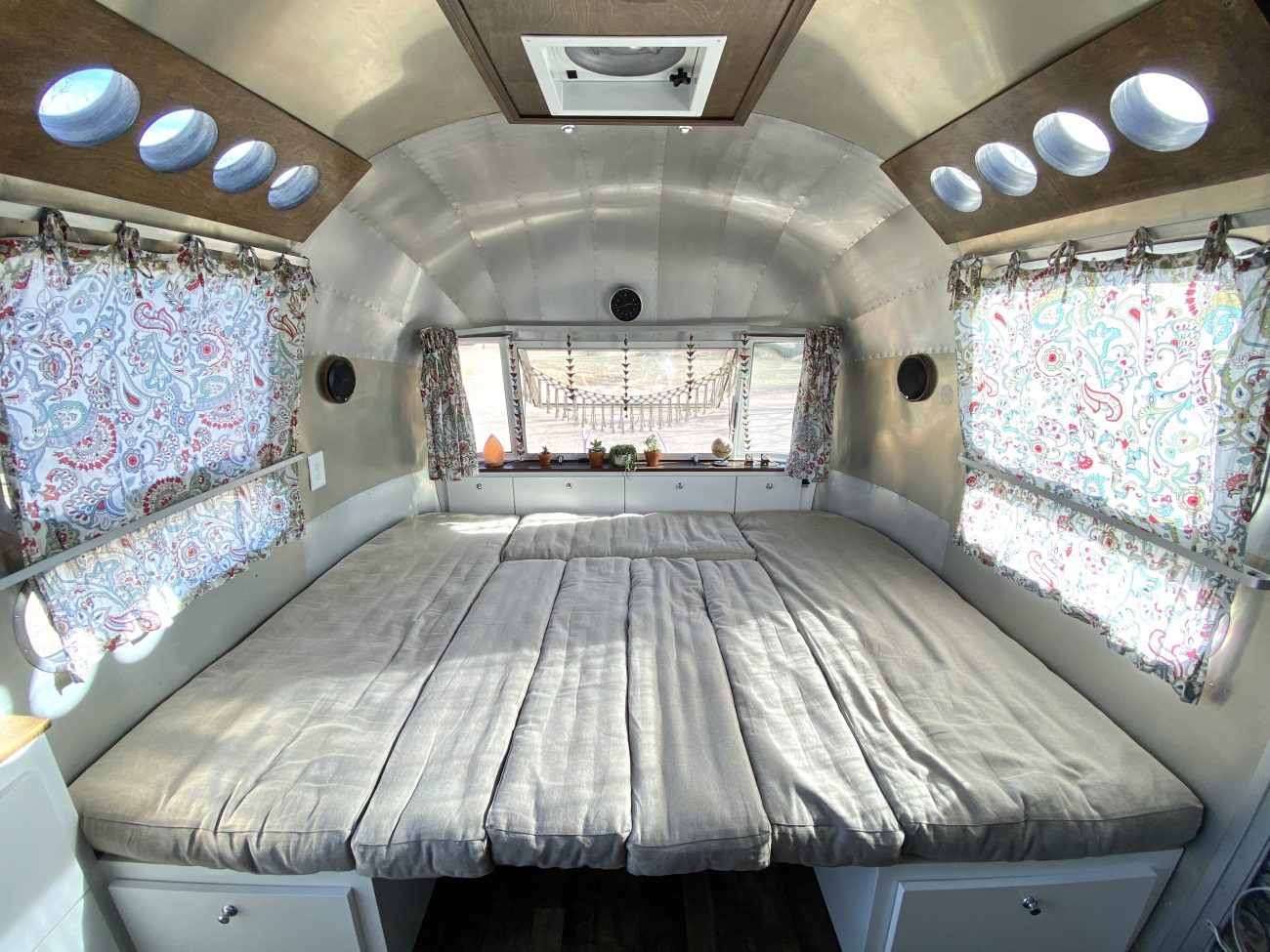 Home of Wool Cushions - Airstream Dinette