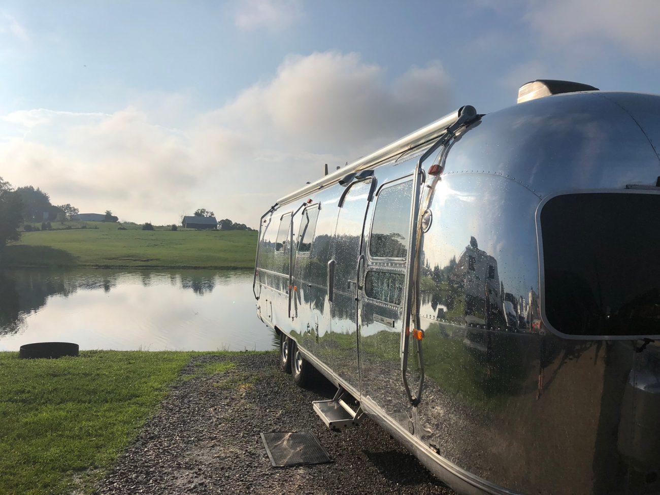 Airstream Reflection Rain