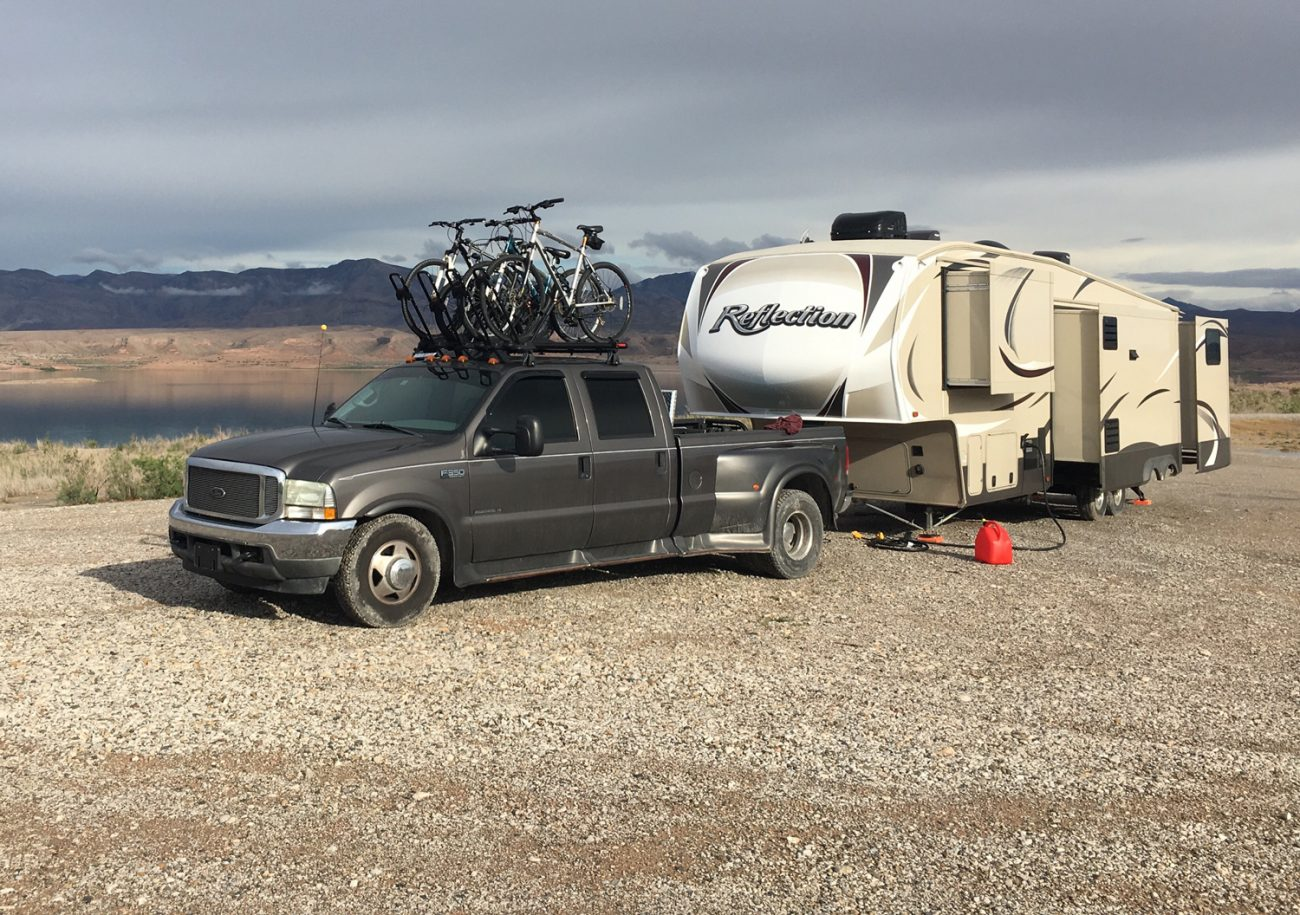 Why we sold our 5th Wheel and bought a vintage Airstream
