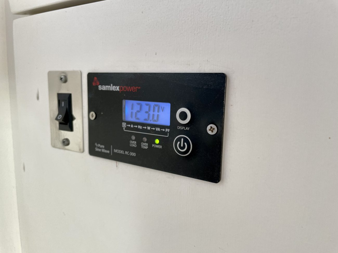Inverter remote allows easy access for turning off and monitoring.