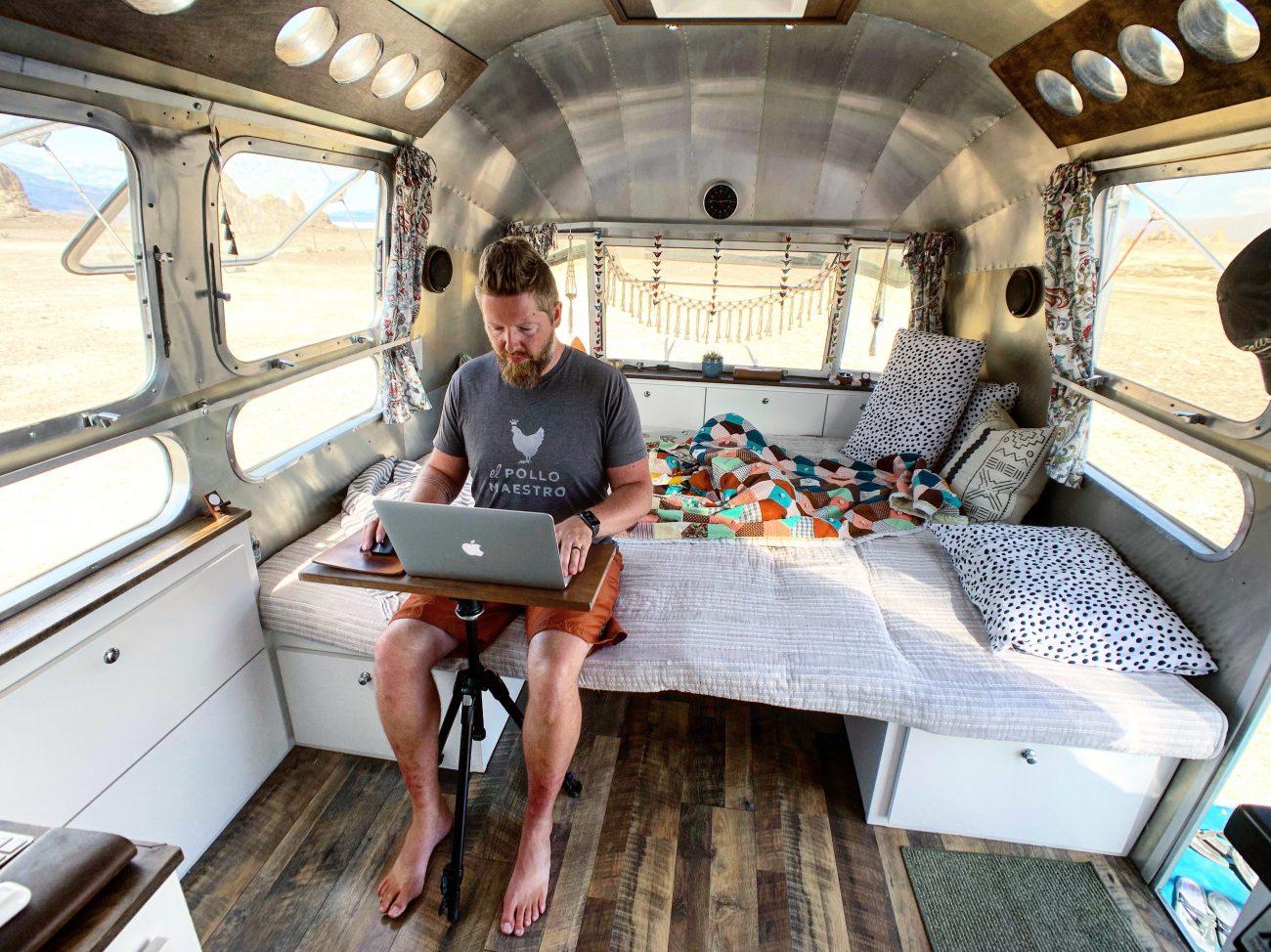 Portable Sitting Desk